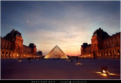 Louvre's Pyramid